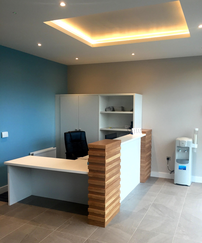 Altmore Reception desk
