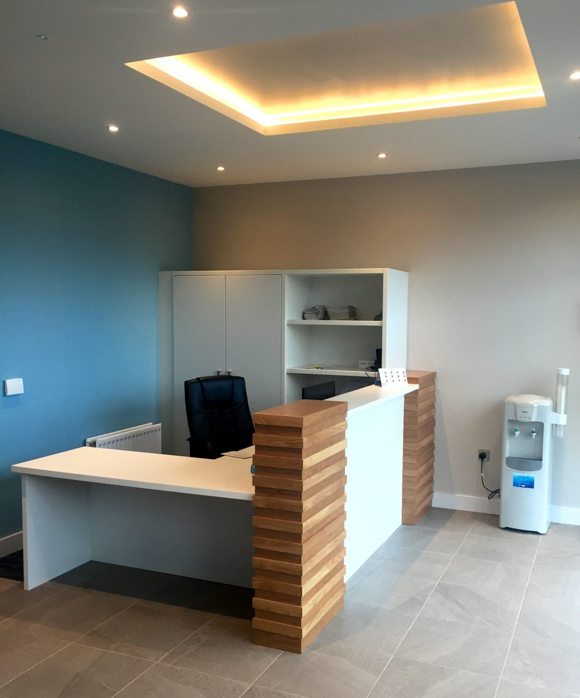 Altmore Reception desk